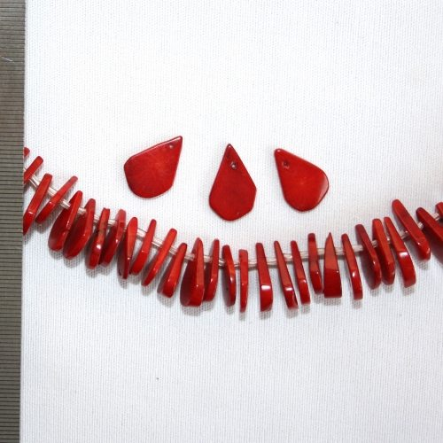 Sea Bamboo Dyed Red Droplets 10x14mm